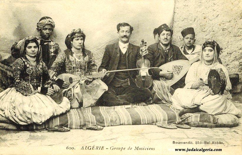 orchestre-et-musiciens-juifs-d-algerie-1904.jpg